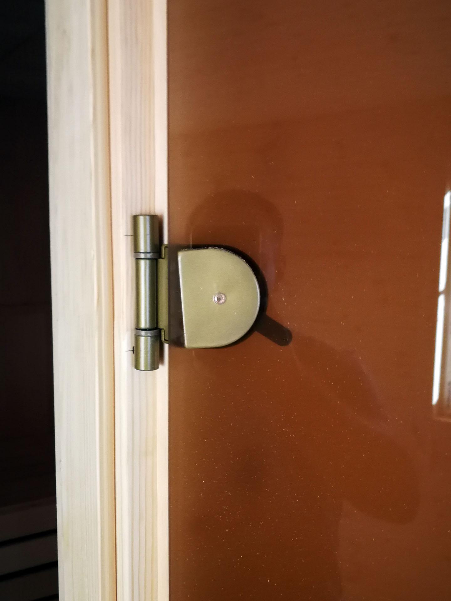 bani-yug.ru - Качество установки двери в парное помещение